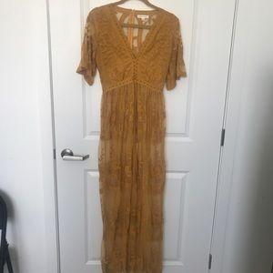 LONG YELLOW LACE DRESS